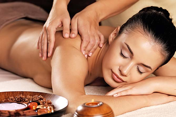 "Ayurveda Wellness-Massage im ""elements"" Oberstdorf · Hotel · Christlessee"