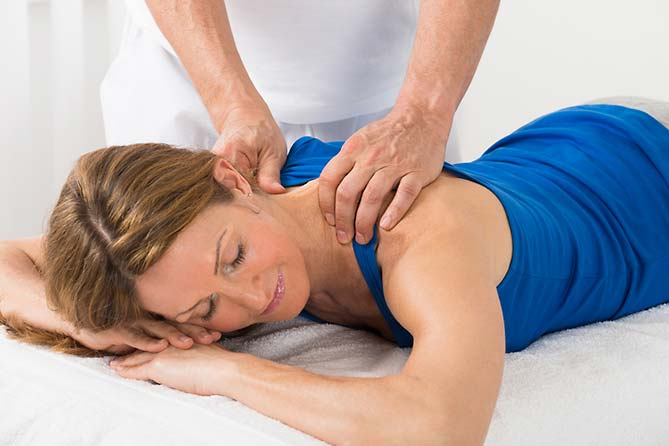 "5 Elemente Shiatsu Massage im ""elements"" Oberstdorf · Hotel · Christlessee"